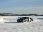 drivingonice-r8-drift