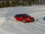 drivingonice-rs6-drift